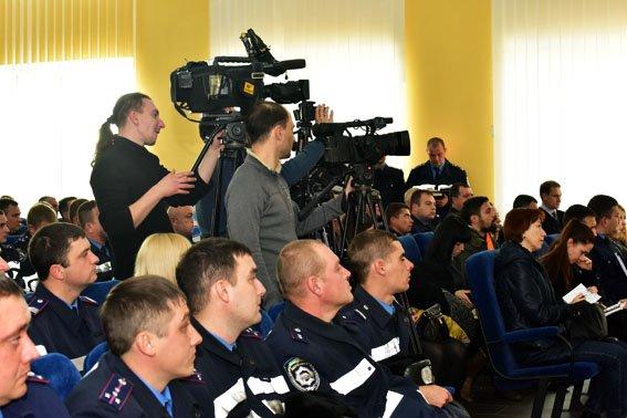 Бывшие инспекторы ГАИ Донецкой области пройдут проверку на служебное соответствие, фото-1