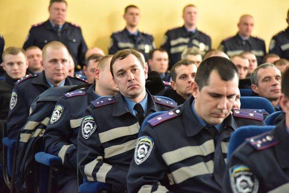 Бывшие инспекторы ГАИ Донецкой области пройдут проверку на служебное соответствие, фото-2