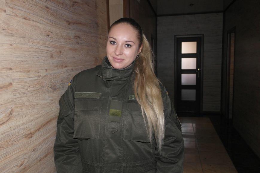 От сильных слабым: в Покровске воспитанники «Отчего дома» принимали подарки от военных, фото-4