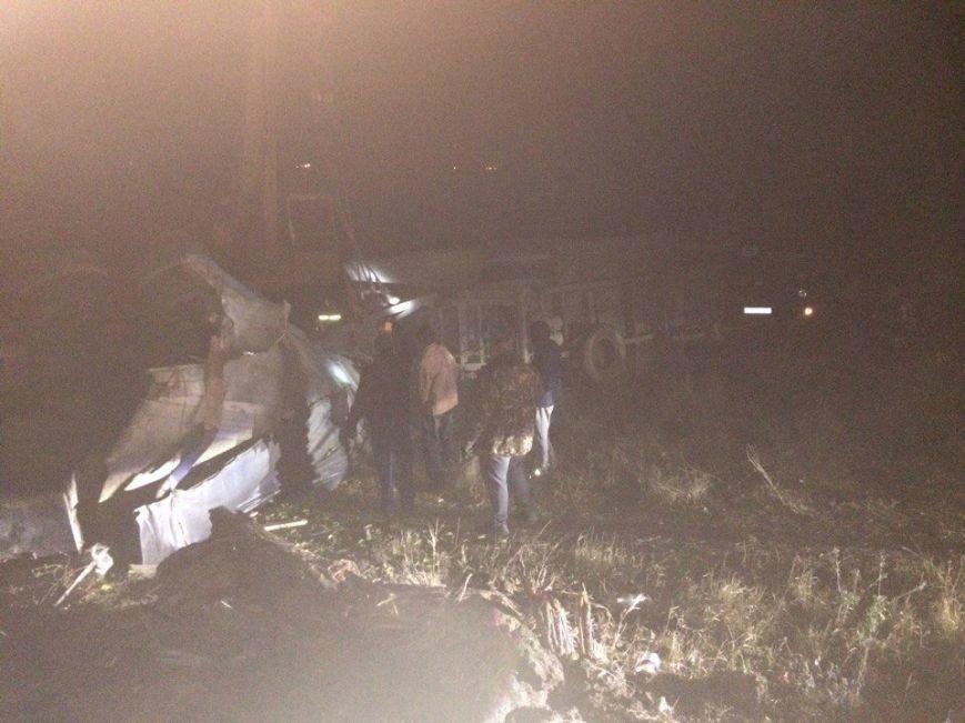 Под Симферополем перевернулся КамАЗ с прицепом: водитель в больнице в состоянии комы (ФОТО), фото-5