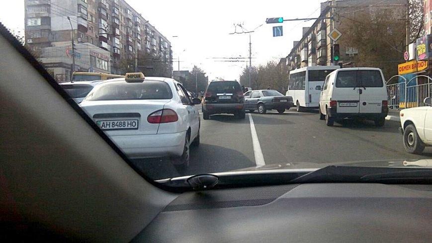 В центре Мариуполя Mini One попал в аварию (Фотофакт), фото-3