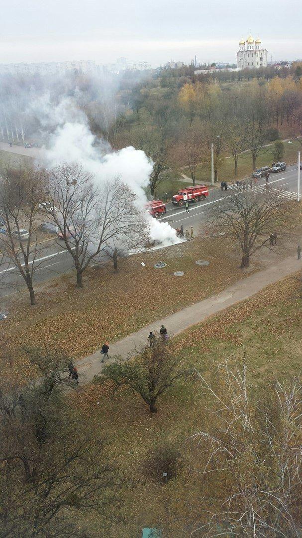 В Харькове во время движения загорелся автомобиль (ФОТО), фото-2