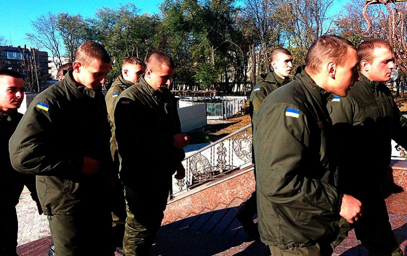 Нацгвардейцы посетили храм в Покровске, фото-3