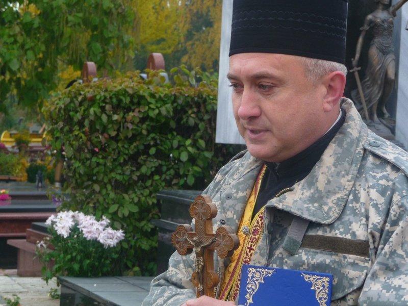 В обласному центрі відкрили пам'ятник загиблому бійцю АТО (ФОТО), фото-3