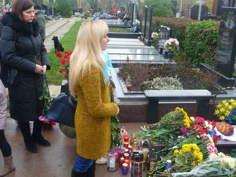 В обласному центрі відкрили пам'ятник загиблому бійцю АТО (ФОТО), фото-5