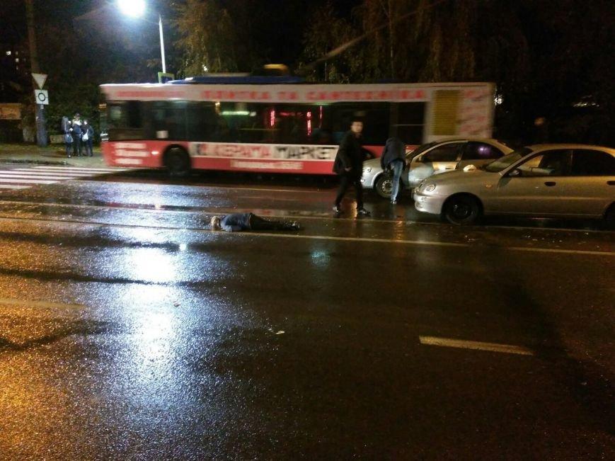 На вулиці Виговського автомобіль збив п'яну жінку (ФОТО), фото-1