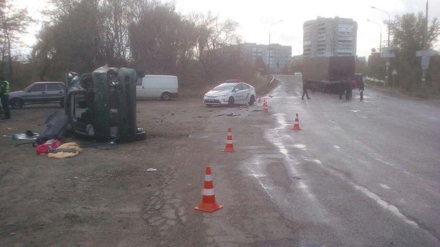 В Запорожье произошла жуткая авария: один человек погиб, пятеро в больнице, - ФОТО, фото-7