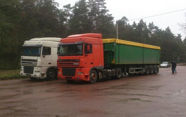 Полиция потребовала от мэра Глухова Мишеля Терещенко объяснить, как в городе оказалось 100 тонн львовского мусора, фото-1
