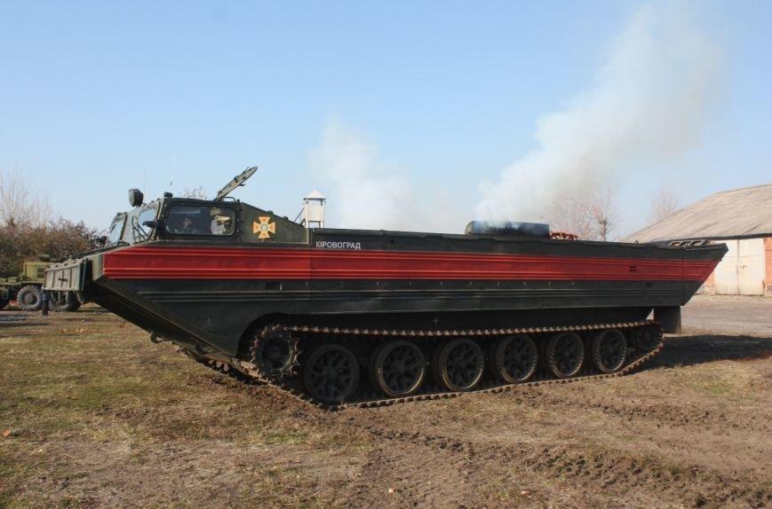 В Кропивницком провели марш аварийно-спасательной техники (ФОТО), фото-7