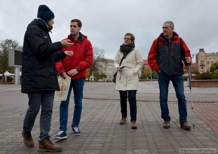 Первые безвизовые туристы в Гродно: как гости из Испании открывали для себя Беларусь, фото-1