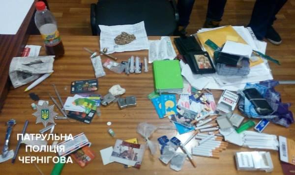 На черниговском вокзале задержали возможного распространителя наркотиков, фото-2