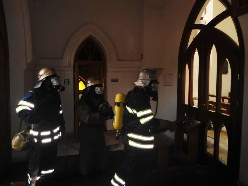 В Каменском костеле тушили условный пожар, фото-2