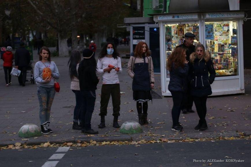 Херсонская молодёжь празднует Хэллоуин (фоторепортаж), фото-11