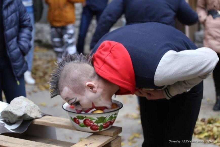 Херсонская молодёжь празднует Хэллоуин (фоторепортаж), фото-9