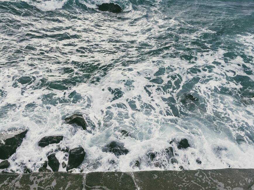 Бушующее осеннее море завораживает красотой (ФОТО), фото-3