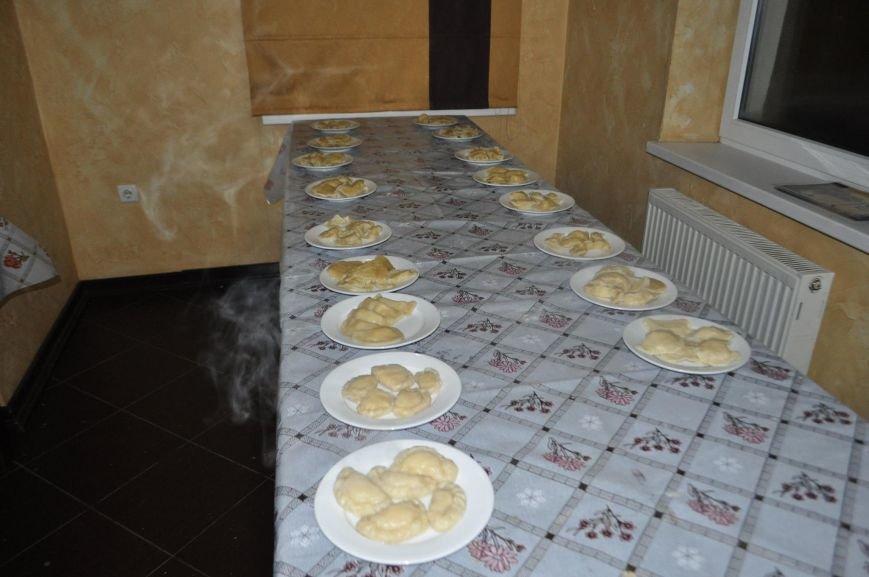 «Маленькі кухарі» Херсона оттачивали мастерство в лепке вареников (фото), фото-5