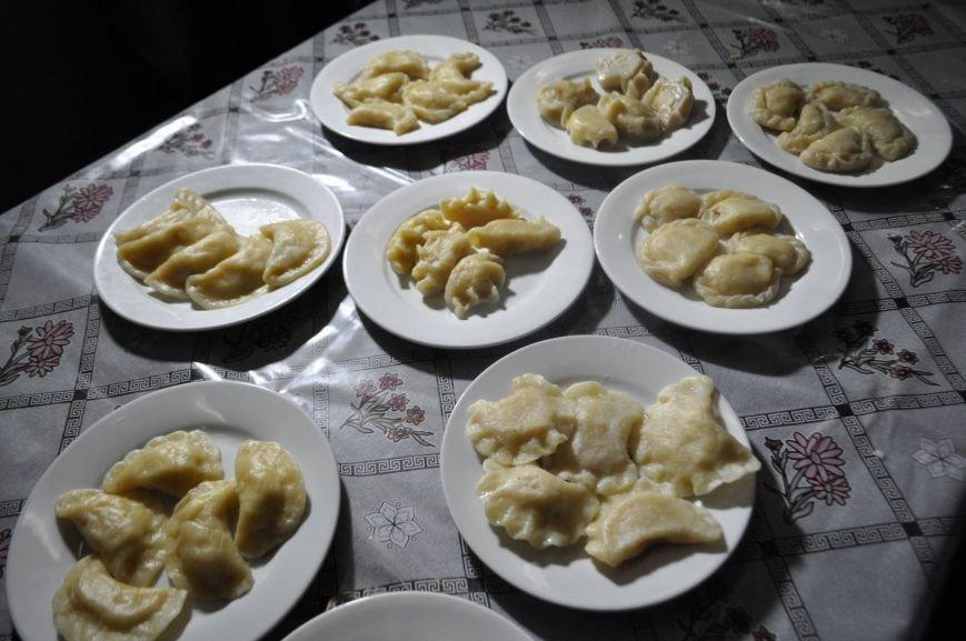 «Маленькі кухарі» Херсона оттачивали мастерство в лепке вареников (фото), фото-7