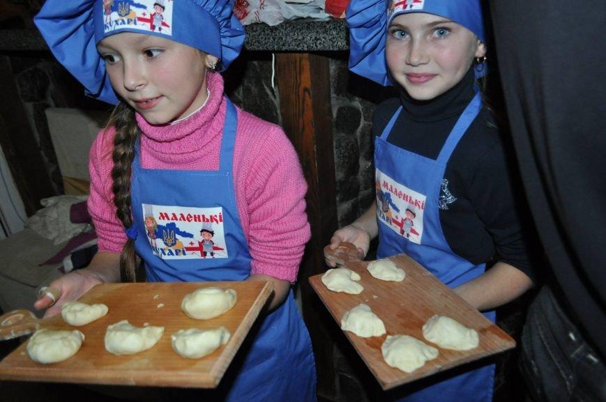 «Маленькі кухарі» Херсона оттачивали мастерство в лепке вареников (фото), фото-4