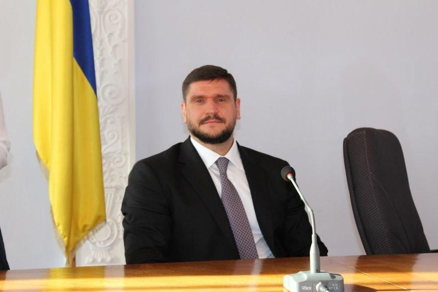 Половина николаевцев ничего не ожидает от нового губернатора Алексея Савченко (ОПРОС), фото-1