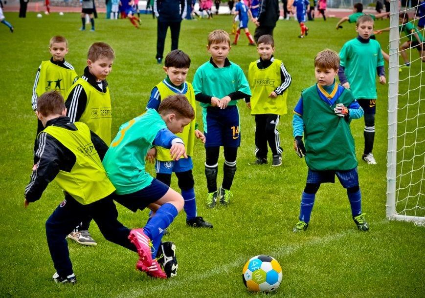 Ялтинские юноши выиграли оба матча в Детской футбольной лиге Крыма, фото-1