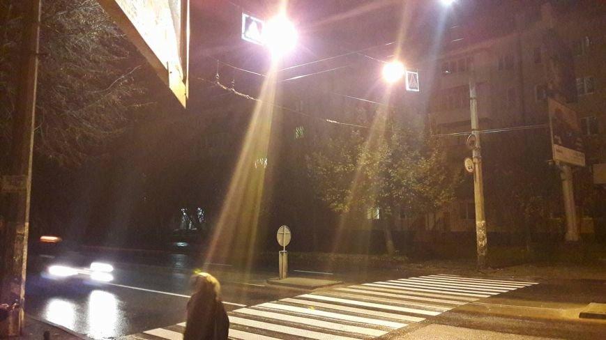 Перед Пасічнянським мостом додатково освітили дорогу (ФОТО), фото-1