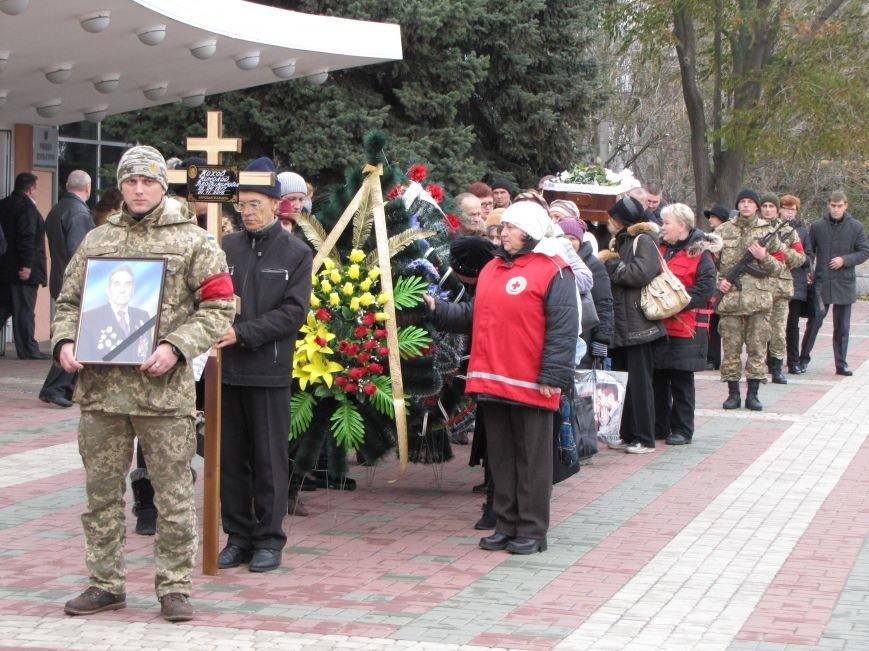 Мелитопольцы проводили в последний путь известного краеведа и ветерана, фото-5
