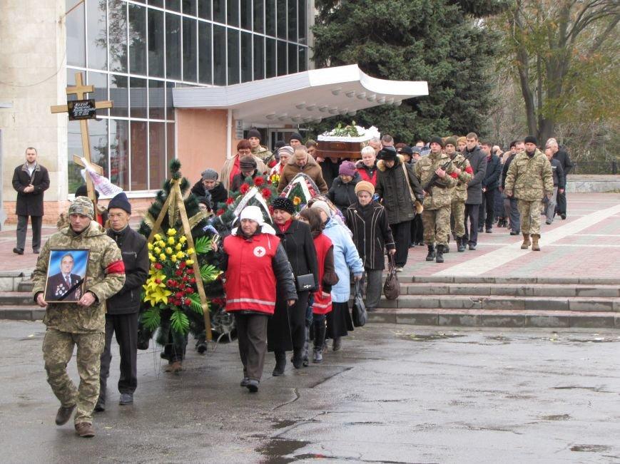 Мелитопольцы проводили в последний путь известного краеведа и ветерана, фото-4