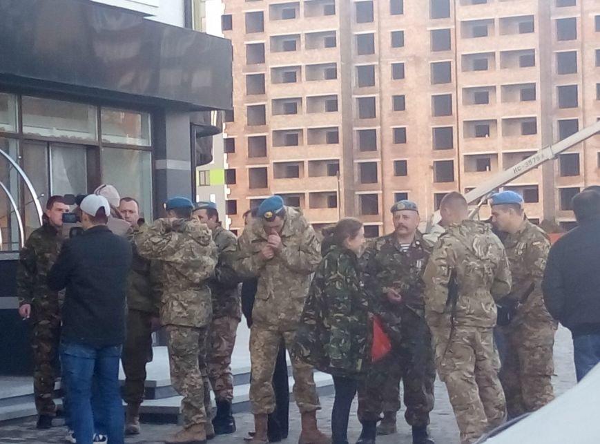 У Франківську бійці АТО отримали квартири у новобудові. Першими у гості завітали журналісти (ФОТО+ВІДЕО), фото-15