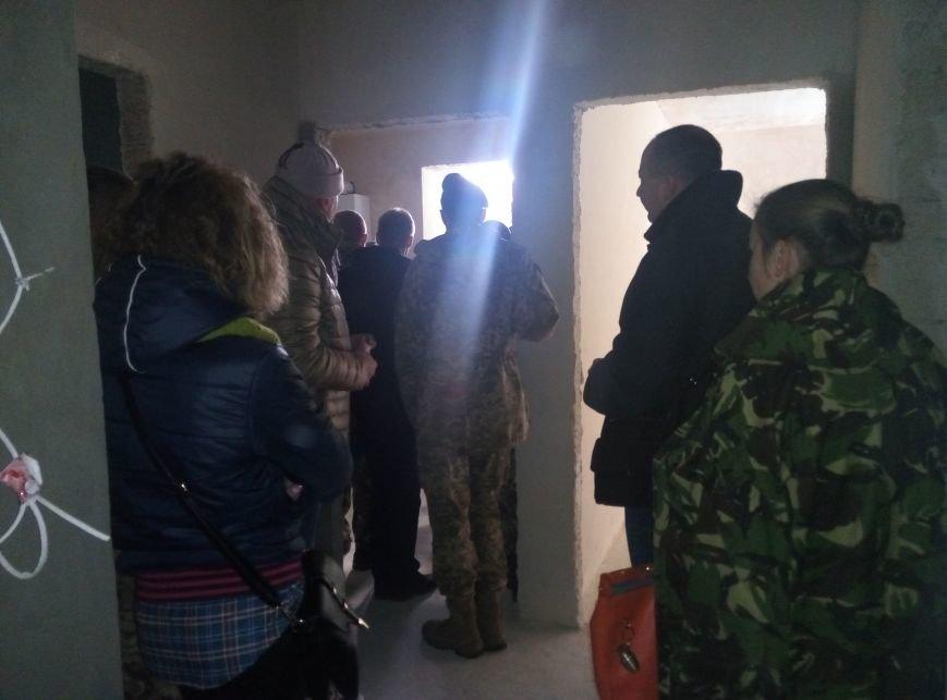 У Франківську бійці АТО отримали квартири у новобудові. Першими у гості завітали журналісти (ФОТО+ВІДЕО), фото-13