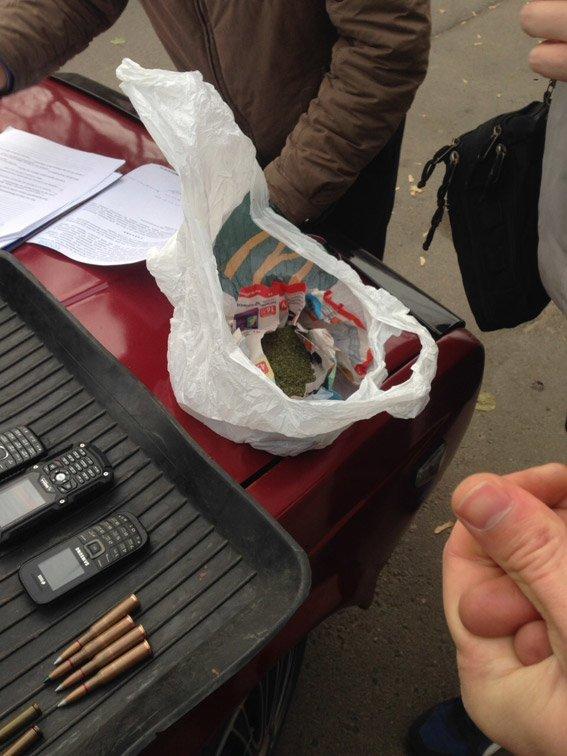 В Николаеве задержали вооруженных военных, которые грабили интернет-кафе (ФОТО), фото-1