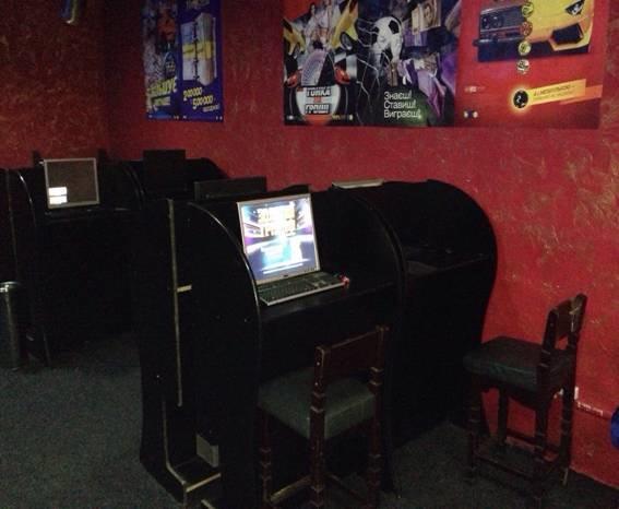 В городе Боярка пресекли работу нелегального игрового клуба, фото-3