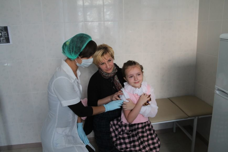 Главный врач ЦПМСП на собственном примере показала важность вакцинирования, фото-6