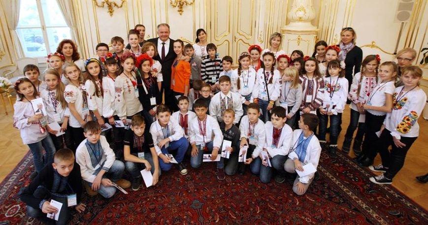 Президент Словакии встретился с мариупольской детворой (ФОТО), фото-3