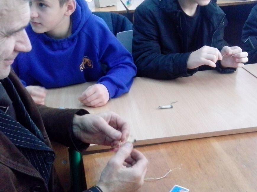 У ПНУ провели презентацію цікавих та ефектних дослідів для школярів. Фоторепортаж, фото-3