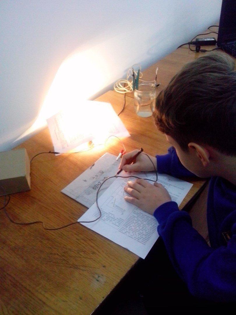У ПНУ провели презентацію цікавих та ефектних дослідів для школярів. Фоторепортаж, фото-5
