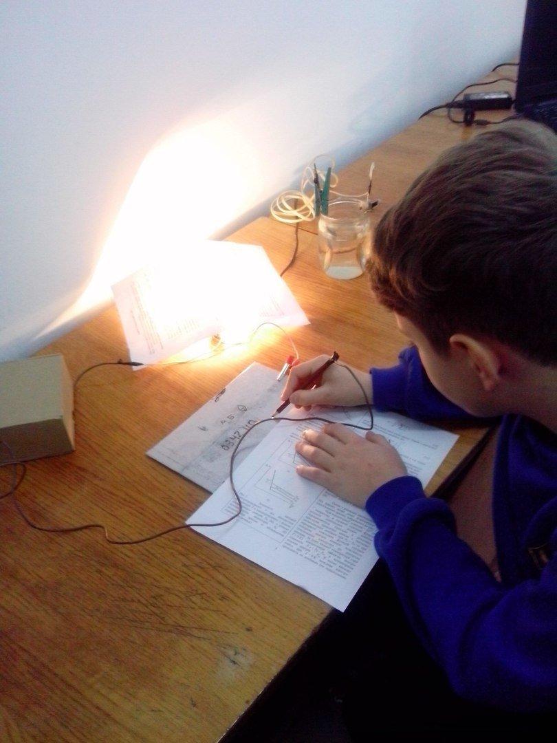 У ПНУ провели презентацію цікавих та ефектних дослідів для школярів. Фоторепортаж, фото-2