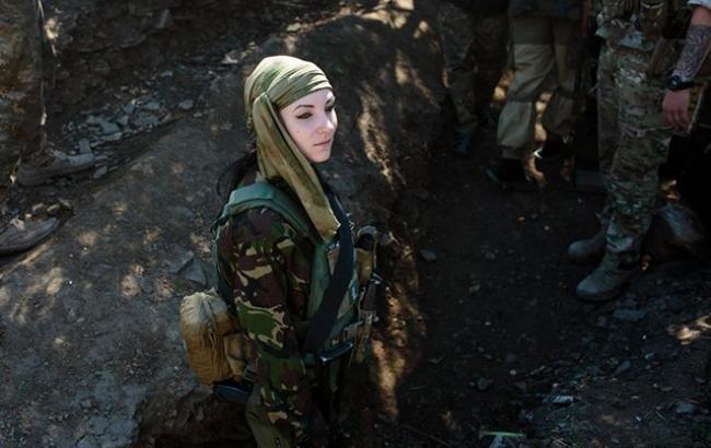 """""""У світі українських жінок-воїнів"""": унікальний американський фотопроект у зоні АТО. Фото, фото-1"""