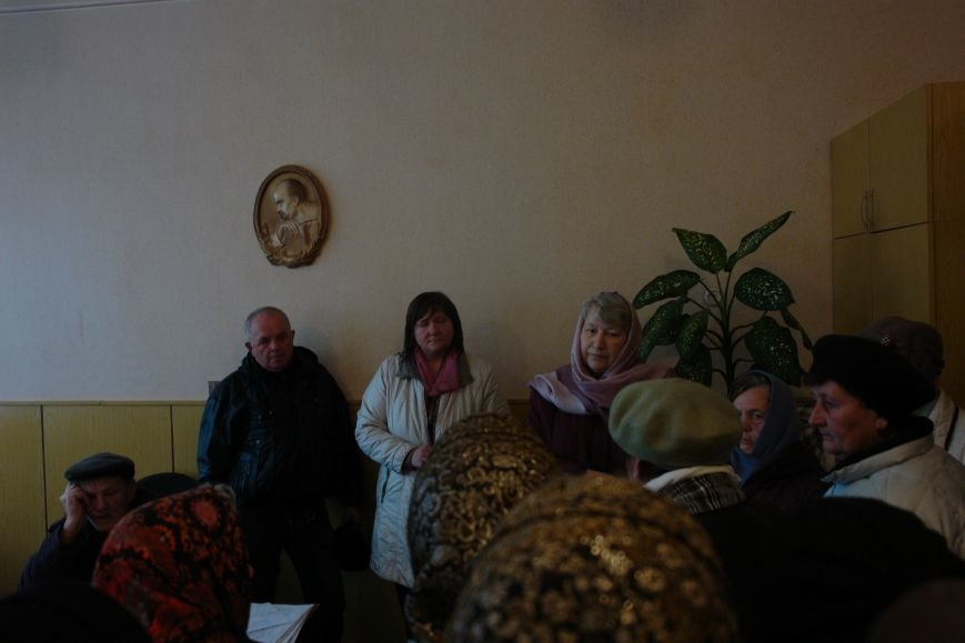 Мешканці смт Брошнів-Осада погрожують перекрити трасу міжнародного значення, якщо в них закриють єдину лікарню, фото-4