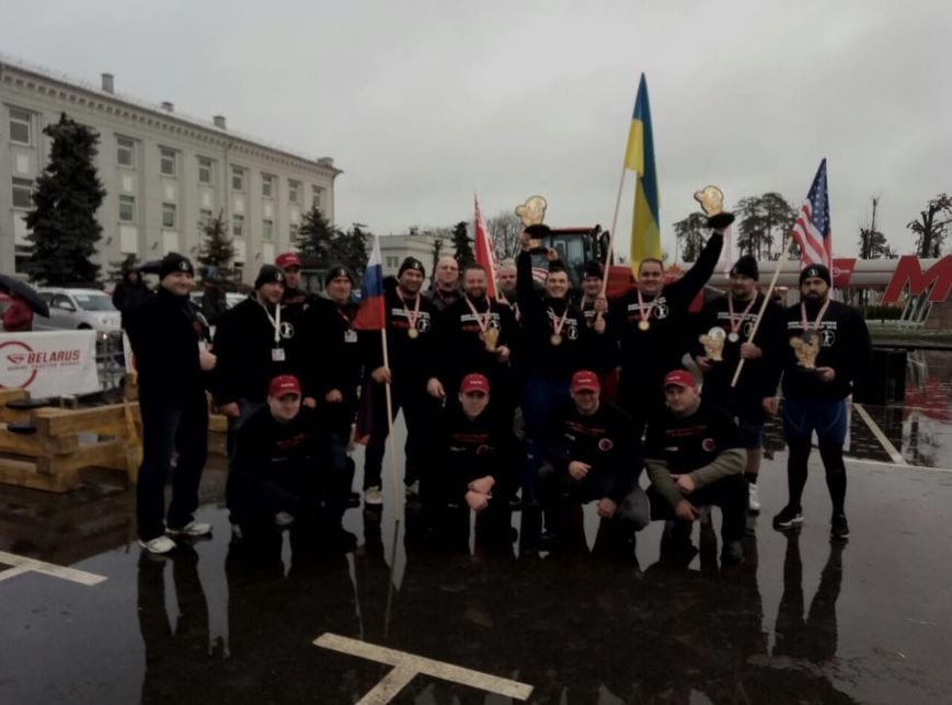 Мариуполец  Лашин в Беларуси тянул самый мощный трактор (Фотофакт), фото-2
