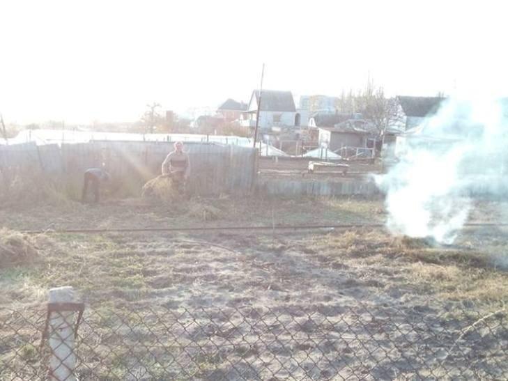 В Матвеевке избили мужчину, который сжигал листья (ФОТО, ВИДЕО), фото-2