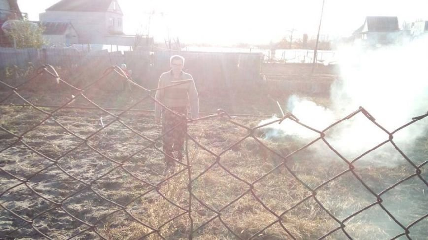 В Матвеевке избили мужчину, который сжигал листья (ФОТО, ВИДЕО), фото-3