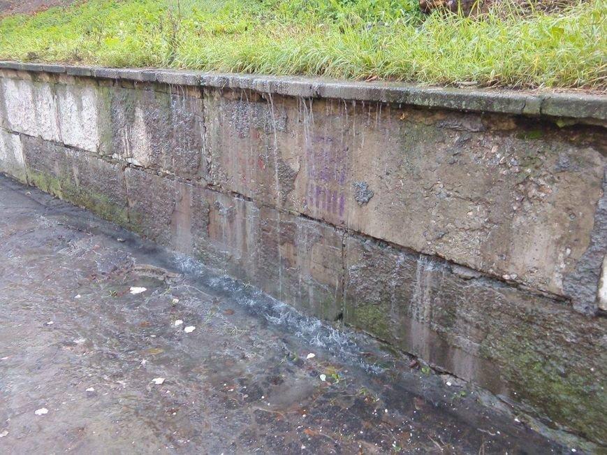 «Водопад» в центре Сум остается без внимания коммунальных служб в течение 2 суток (ФОТО), фото-3