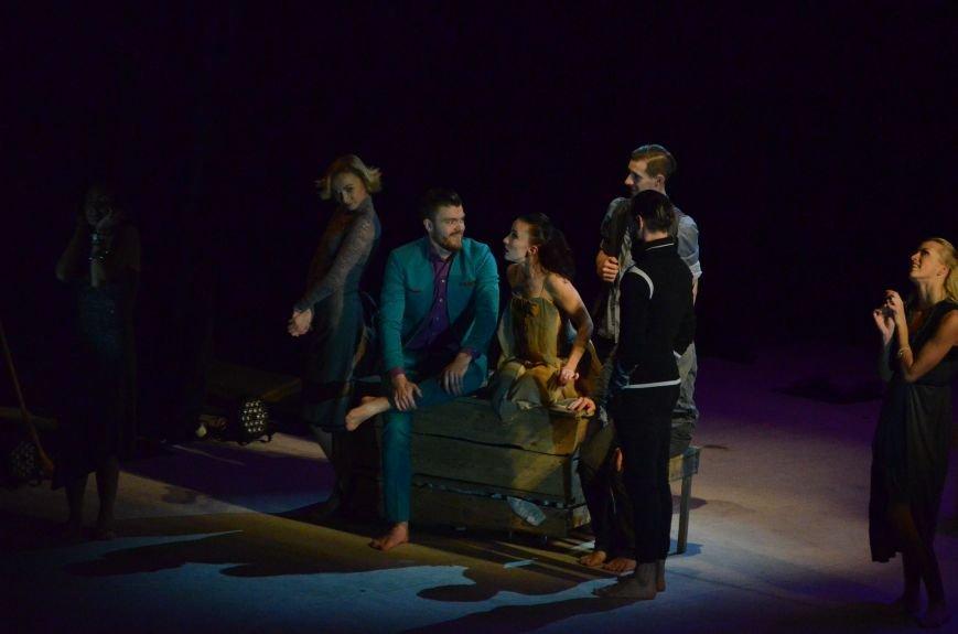 Киевские артисты шокировали мариупольцев необычной постановкой Чехова (ФОТО+ВИДЕО), фото-3
