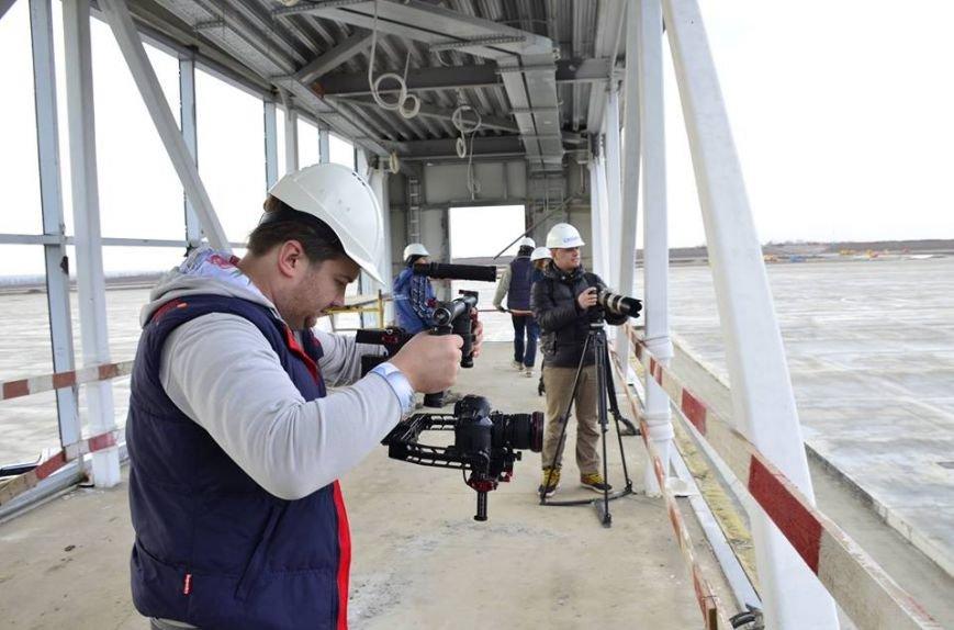 Съемочная группа телеканала Discovery посетила строящийся аэропорт «Платов», фото-1