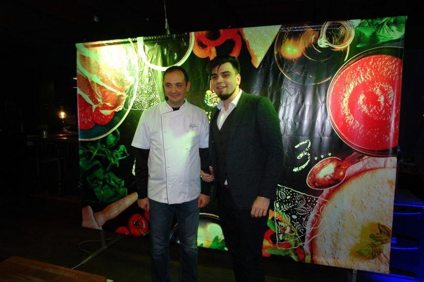 Кулінарний шедевр Марцінківа продали за 1200 грн (ФОТО+ВІДЕО), фото-4