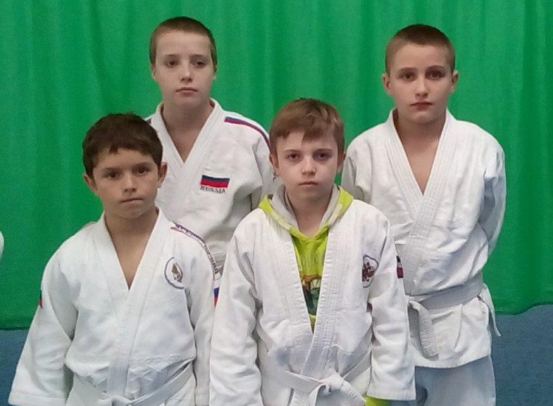 Ялтинцы вернулись с медалями с крупного юношеского турнира по дзюдо, фото-4