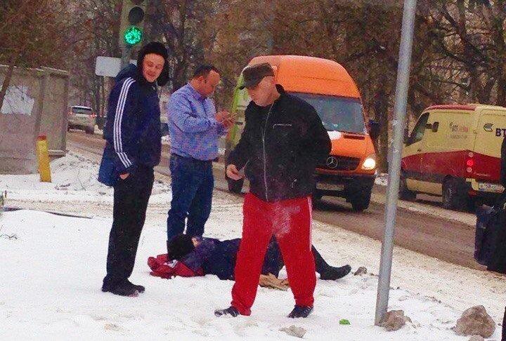 На улице Текстильщиков в Троицке сбили двух женщин, фото-2