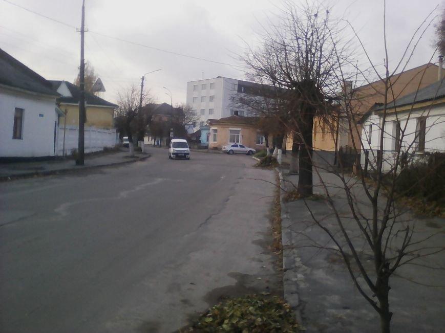 Пішохідний перехід у Новограді-Волинському який наражає на небезпеку громадян (ФОТО), фото-1