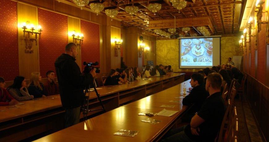 Конференція «Volunterum», або що може зробити волонтер для України (ФОТО), фото-1