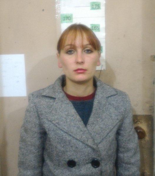 23-летняя мошенница оставила 14 жителей Симферополя и Симферопольского района без окон (ФОТО), фото-1
